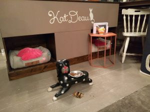 Cat Cafe KatDeau